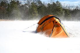 winter-tent-camping