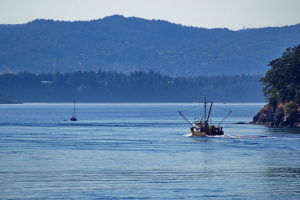 640px-Canadian_fishing_boat