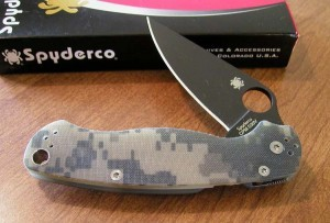 Spyderco ParaMilitary G-10 Package